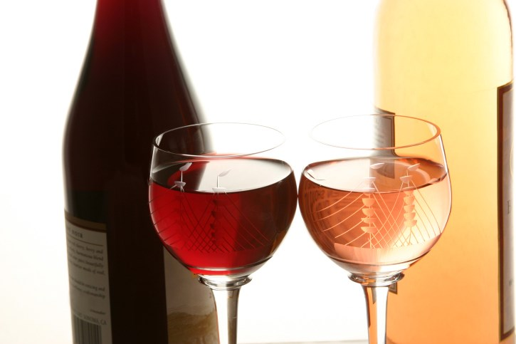 Moderate Alcohol May Harm Seniors' Hearts