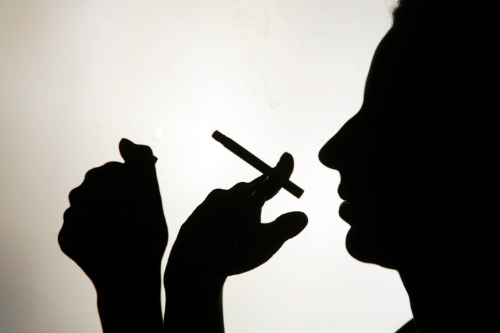 'Low-Nicotine' Cigarettes May Aid Smoking Cessation