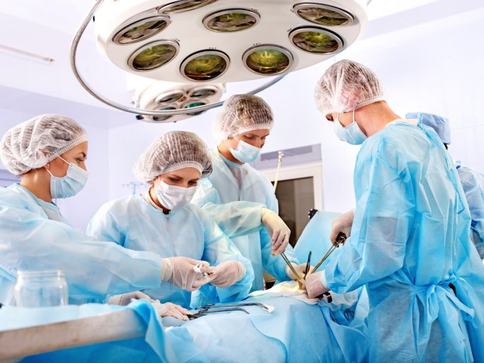Patients are 28% more likely to have partial nephrectomy at hospitals offering robotic surgery.
