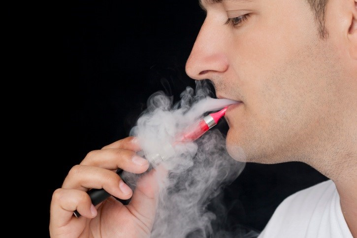 Electronic Cigarettes Make it Harder to Quit Smoking