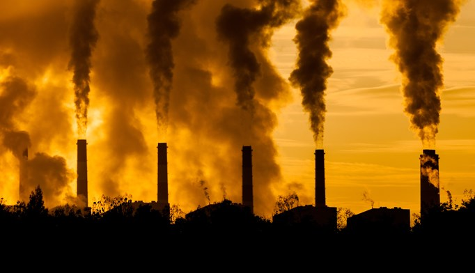 Patients exposed to high levels of air pollution have an elevated risk of cardiovascular disease.