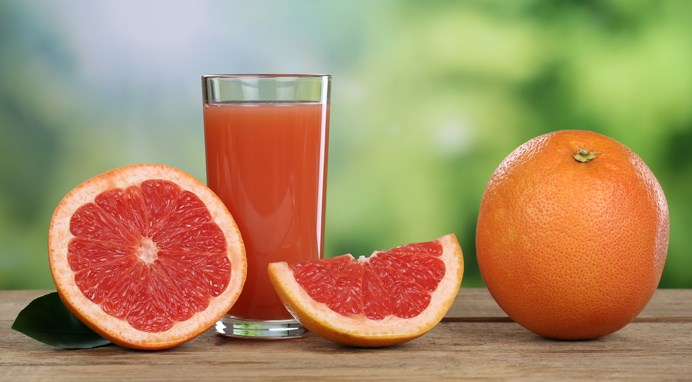 A recent trial compared the effects of regular grapefruit juice with a low furanocoumarin hybrid grapefruit juice on midazolam.
