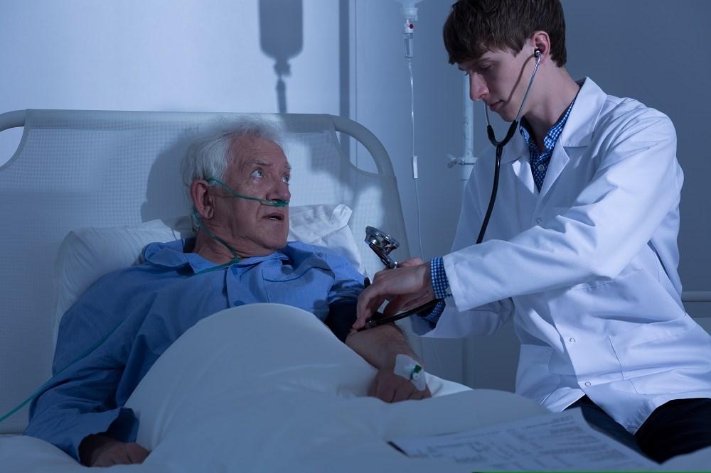 Long-Term Antiplatelet Tx Tied to Higher Bleeding Risk in Elderly