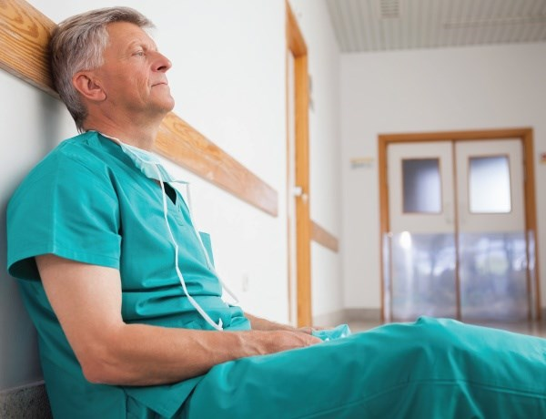 Carving out some down time is one way doctors can keep job pressures from getting to them.