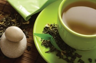 Men who drank more than five cups of black tea per day had less risk of advanced disease.