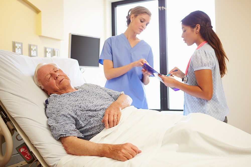 Patients with an eGFR below 60 mL/min/1.73 m2 were more likely to die in the hospital or be discharged to hospice.