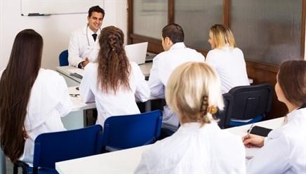 Job Market for Nephrologists Continuing to Improve