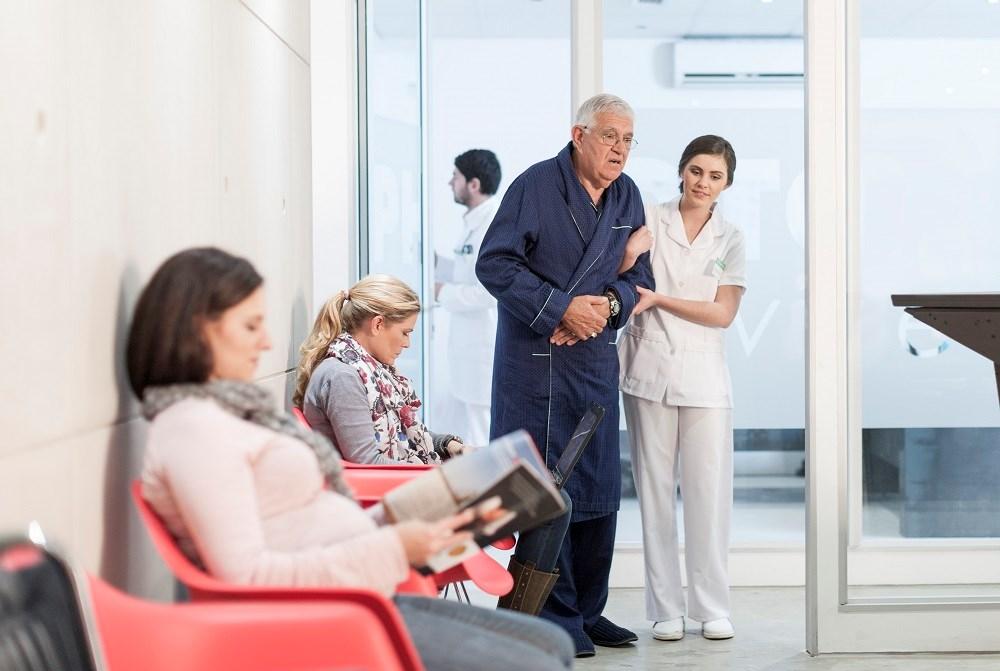 Medication-related Discharge Discrepancies Common